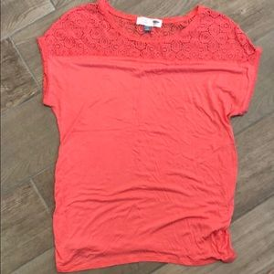 Old Navy maternity tee shirt; Size M